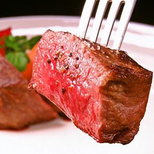 """尾崎牛肉熟练课程""""用各种烹饪方法制作的虚幻的和牛""""我们也接受生日惊喜!"""